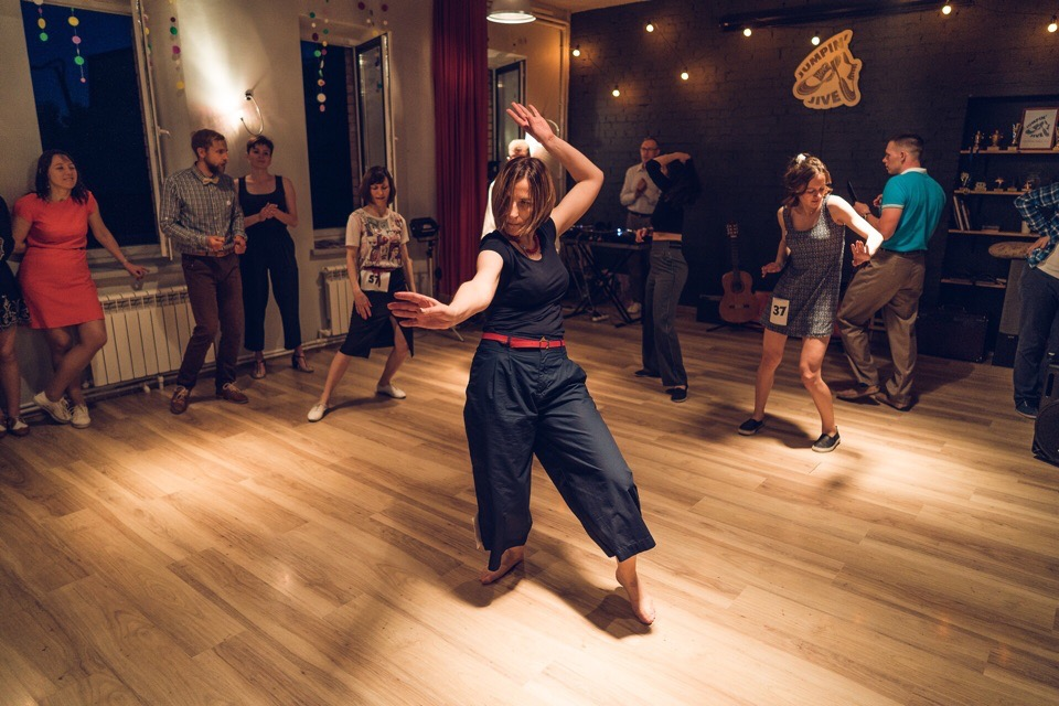 Open-Air студии джазовых танцев Jumpin Jive